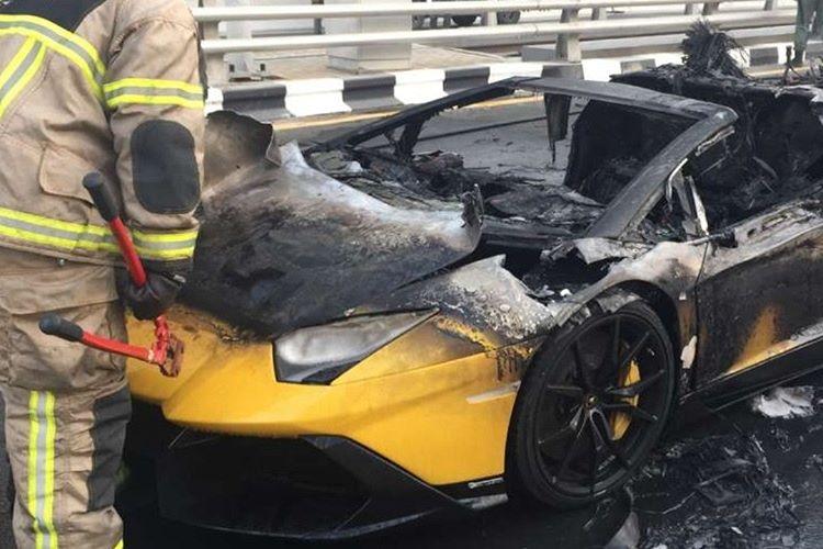 2003-2013 yılları arasında üretilen Lamborghini Gallardoların alev alma problemi vardı.