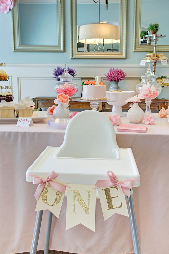 Honey we 39 re home jordan 39 s first birthday party a garden for 1st birthday party decoration ideas at home