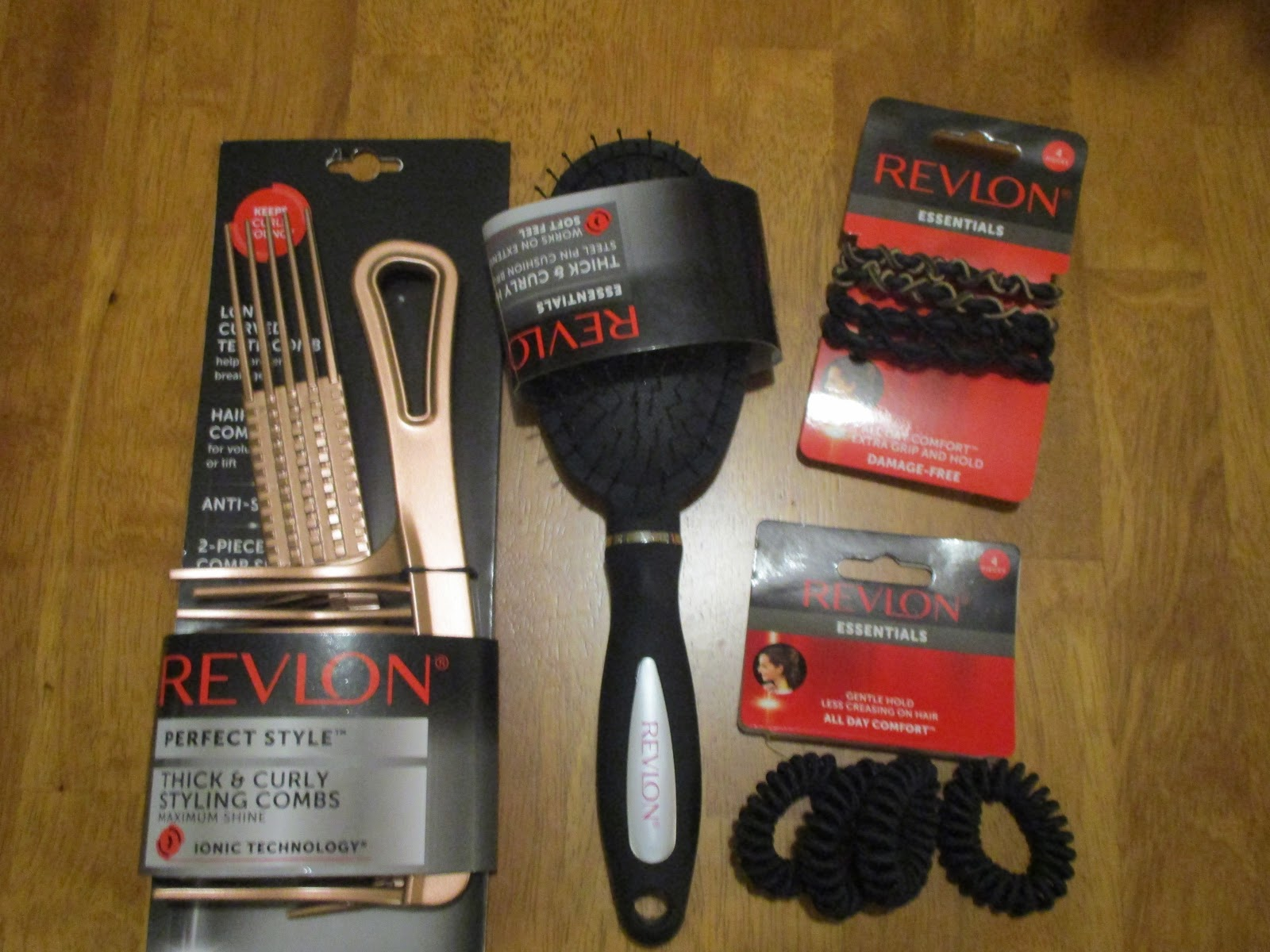 Missys Product Reviews   Revlon Holiday Gift Guide 2017 bba869e3bc8