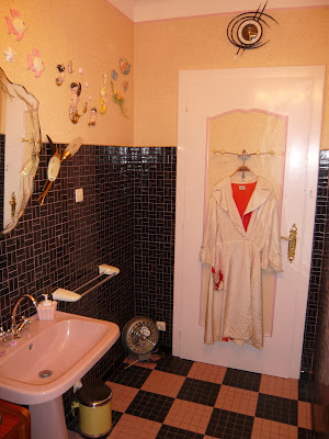 Lost In The 50 S Our Vintage 50s Bathroom