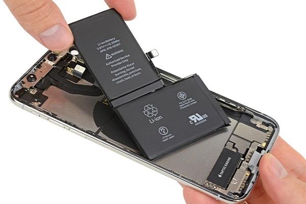 Thay pin iPhone X giá bao nhiêu?