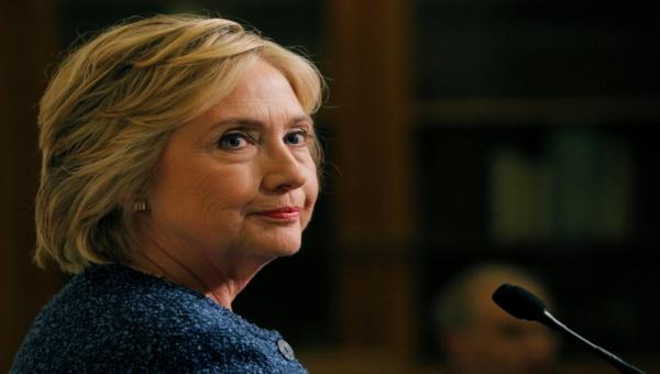 """Clinton tilda de """"deplorables"""" a los seguidores de Trump"""