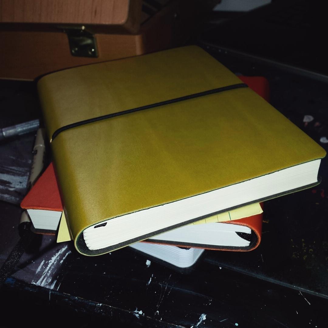 sketchbook green Ciak