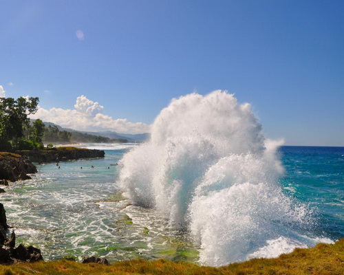 Tinuku.com Travel Surfing Tanjung Saruri in Biak Island riding Pacific Ocean accumulated waves hit most southern boundary