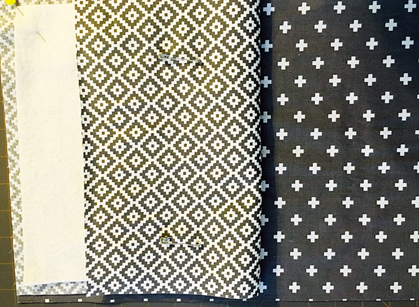 Reversible fabric placemats with coordinating napkins