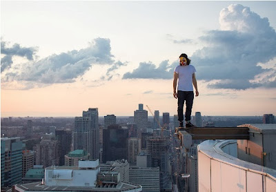 Tren Rooftopping - Tom Ryaboi