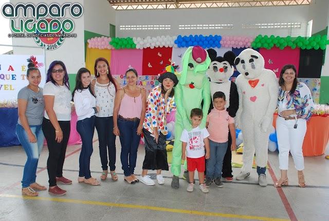Secretaria de Educação de Amparo abriu oficialmente a Semana da Criança 2017