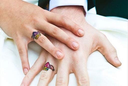 Estes coloridos coração anéis