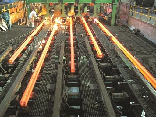 Sản lượng thép thế giới giảm 7% trong tháng 01, công suất sử dụng vẫn còn thấp