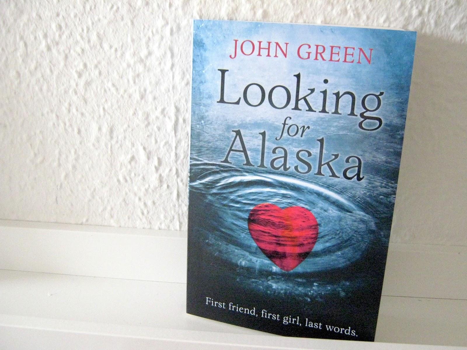 Looking For Alaska Takumi: SORT TALE: Anmeldelse: Looking For Alaska Af John Green