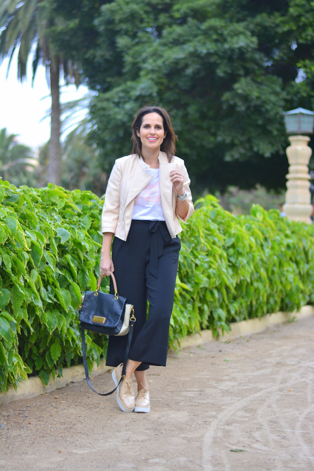 outfit-culotte-camiseta-zara-street-style