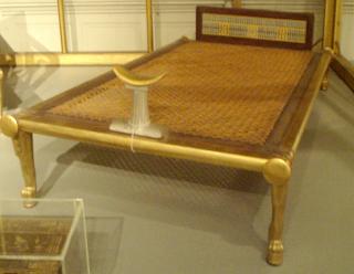 Cama de la Reina Hetepheres y su correspondiente  wal. Lacasamundo