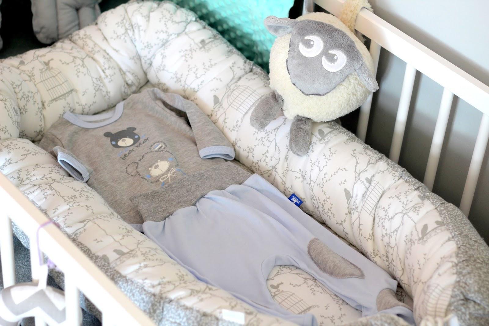 e89661047b Nawet nie wiecie ile czasu spędziłam na przeszukiwaniu Internetu w  poszukiwaniu ciekawych sklepów z ubrankami dla niemowlaka. Oprócz tych  znanych sieciówek ...