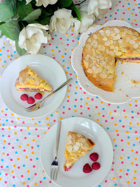 Fruity Bakes Week #1 : Raspberry Bakewell Cake