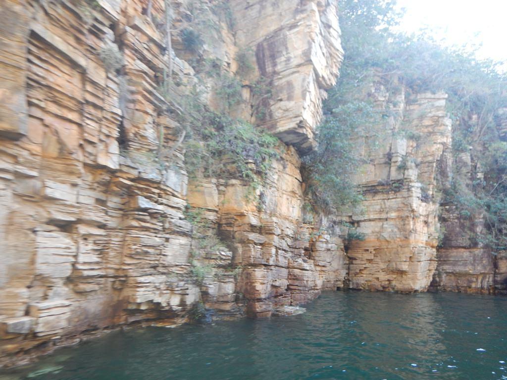 Canyons do Lago de Furnas em Capitólio