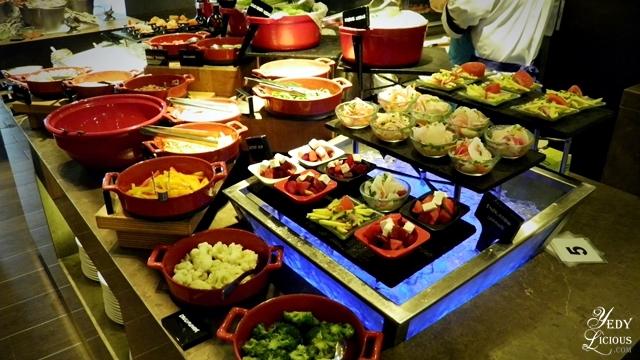 Cucina Buffet at Marco Polo Hotel Ortigas Manila, Cucina Restaurant Weekday Craze Buffet Promo Discount Rates, Cucina Hotel Buffet Blog Review, Best Hotel Buffets in Manila, Website Facebook Instagram Twitter YedyLicious Manila Food Blog Yedy Calaguas