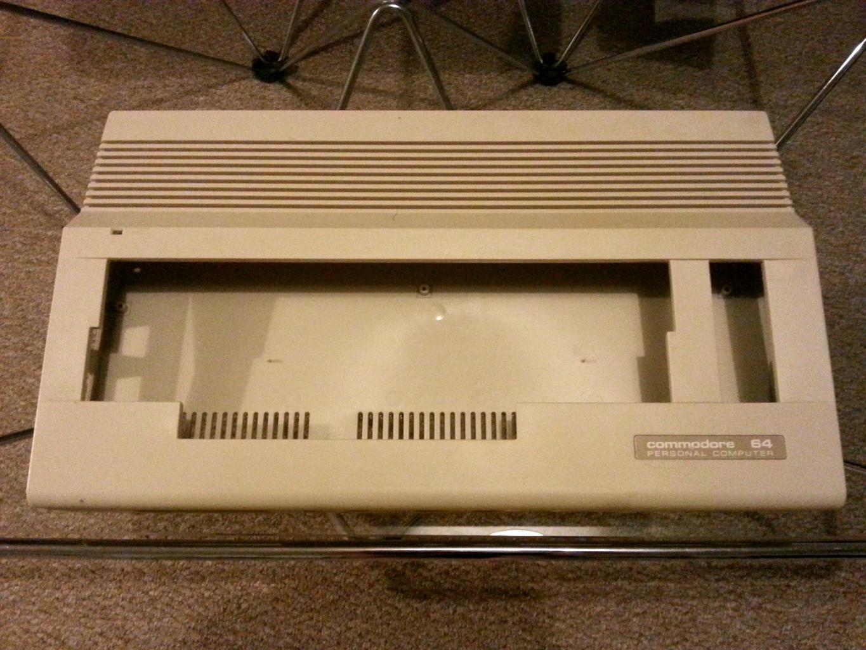 kompjut0r: A Commodore 64 has reborn