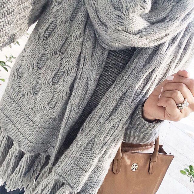 gray-tassel-scarf