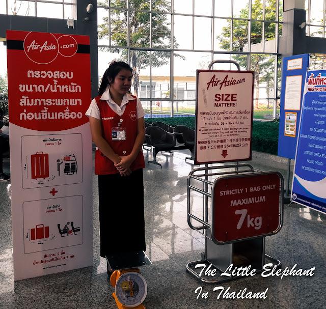 Air Asia Thailand checking luggage in Nan, Thailand
