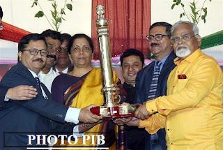 Punjab Regiment gets best marching contingent, Maharashtra best tableau
