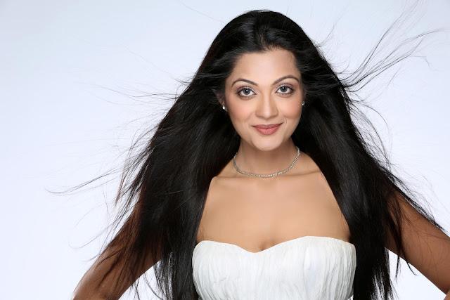 Sheena Chohan Bold Nude