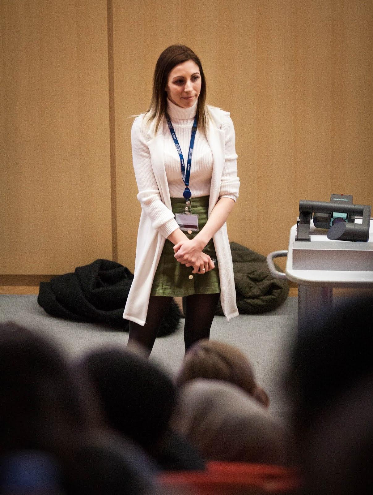 Amber giving a lecture about Higher Education to hundreds of pupils from a Nottingham school.