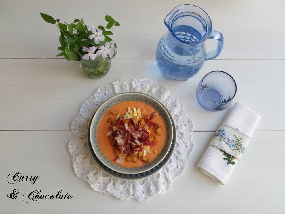 Salmorejo - Spanish creamy cold tomato soup