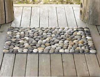 Contoh Keset Kaki Batu Kerikil