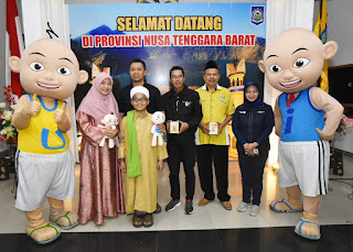 Gubernur NTB Terima Bantuan Dari Yayasan Amal Malaysia Dan MNC TV , UPIN dan IPIN Sumbang 542 Juta Untuk Korban Gempa