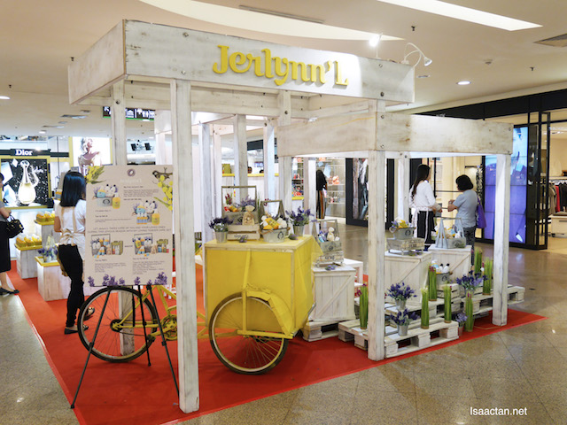 Check out Jerlynn'L 's booth at Midvalley Megamall (west side) from 7th to 13th November