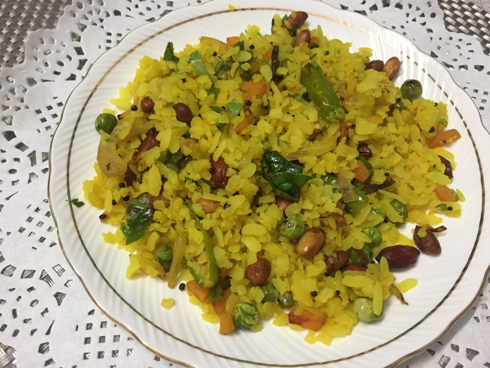 Amishi 's Kitchen : VEGETABLE POHA RECIPE WITH STEP BY ...