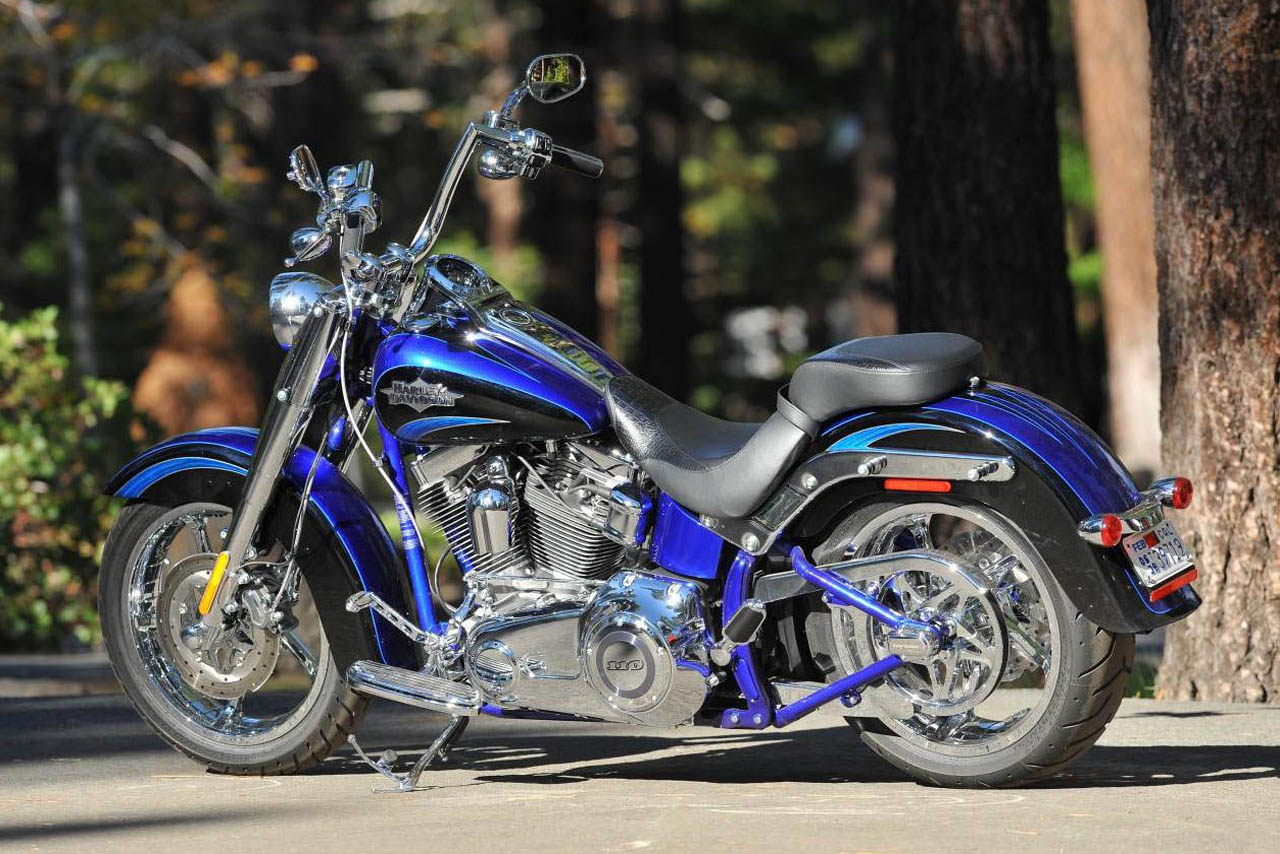 Harley Davidson Video How To Wire A 4 Way Switch Diagram Bikes Flstse Cvo Softail