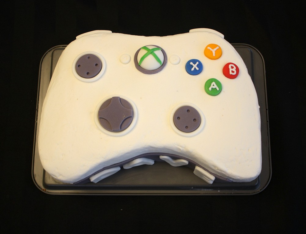 Xbox controller shaped layer cake
