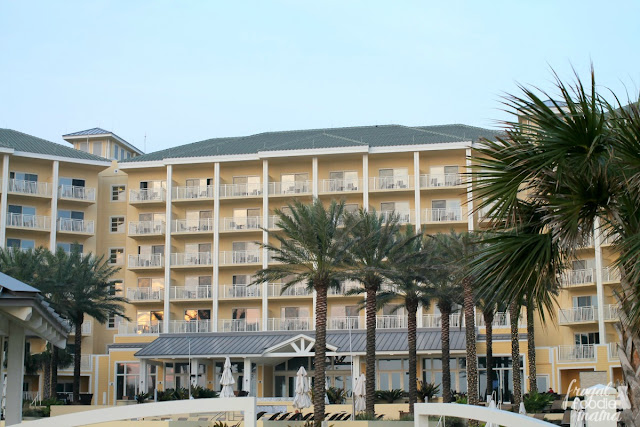 Featuring a 10,000 square foot kid approved pool on it's multi-tiered pool deck and over 400 rooms offering gorgeous oceanfront views of the Atlantic Ocean, the Omni Amelia Island Plantation Resort is also extremely family friendly making it perfect for that spring break getaway or summer vacation for the family.
