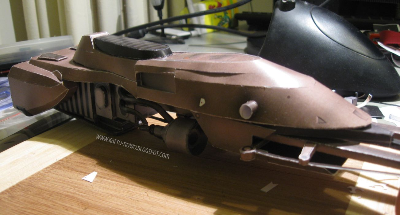 speeder bike papercraft, kartonowy model speeder bike, papierowy model, model z papieru, star wars papercraft, papercraft download, speeder bike image, photos of speeder bike, how to make paper model, jak zrobić model kartonowy, speeder bike schemat, plan,