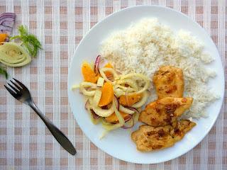Kuřecí prsa s fenyklovo-pomerančovým salátem