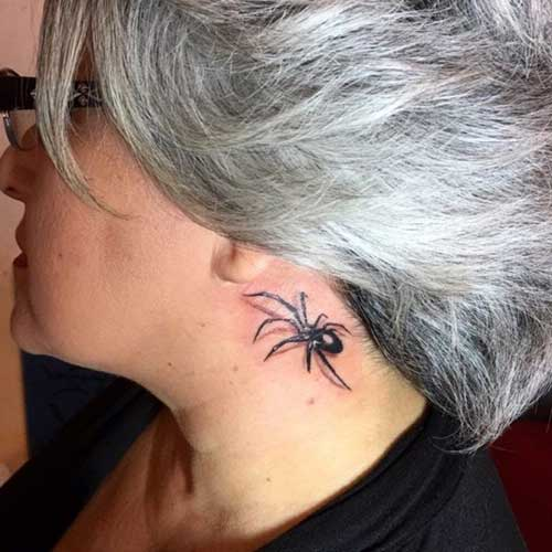 kulak arkası örümcek dövmesi behind ear spider tattoo