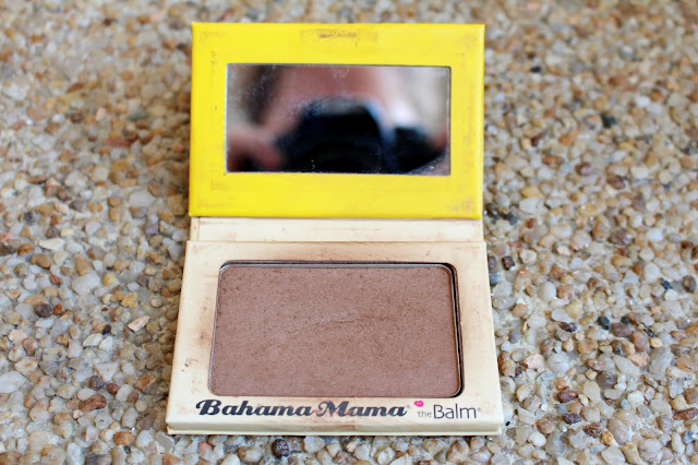 test bronzeur the balm peau claire
