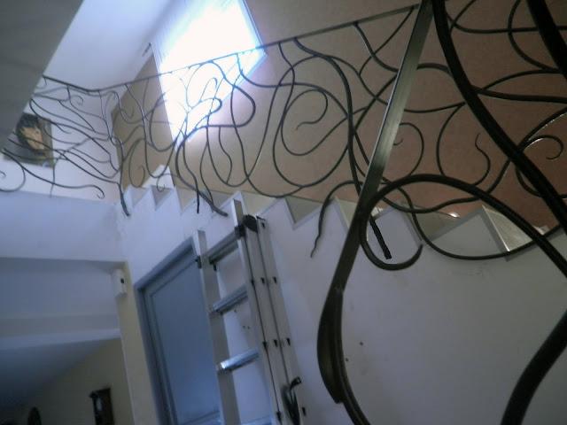 rampe d'escalier en fer forgé style art nouveau