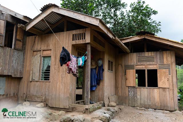upland isnag house