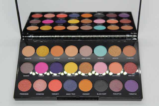 Paleta de sombras Creative Vol 1 de Makeup Revolution