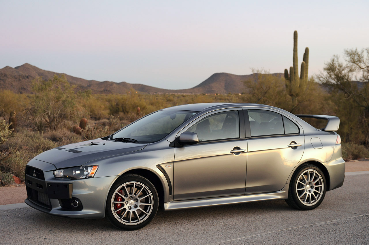 169 Automotiveblogz 2013 Mitsubishi Lancer Evolution X Gsr