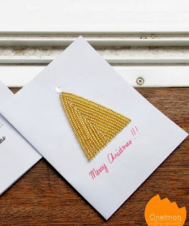http://translate.googleusercontent.com/translate_c?depth=1&hl=es&rurl=translate.google.es&sl=en&tl=es&u=http://onelmon.com/blog/2013/11/beaded-christmas-card/&usg=ALkJrhjJlyTdmeNHl9BxPh4OsmZORSyCpg