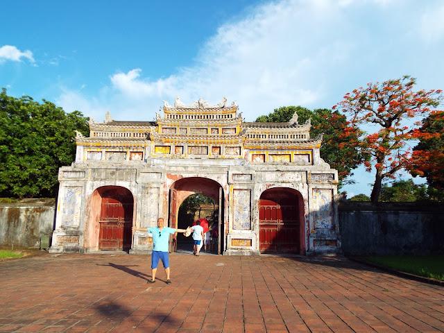 Hue Imperial Citadel - Holidaytoindochina.com