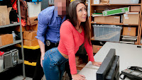 Lilly Hall – Case #1128285 – Shoplyfter
