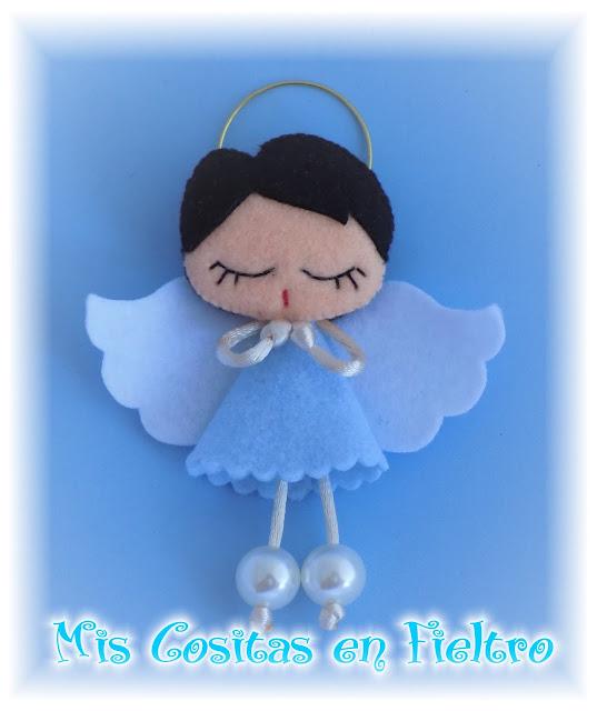 broche de fieltro, muñeca de fieltro, felt pin, felt art, Pequechiña, pequechiñas, niña fieltro, broche en fieltro, primera comunión fieltro, souvenir, regalo, detalle, bautizo, navidad, bautismo, ángel, angelito