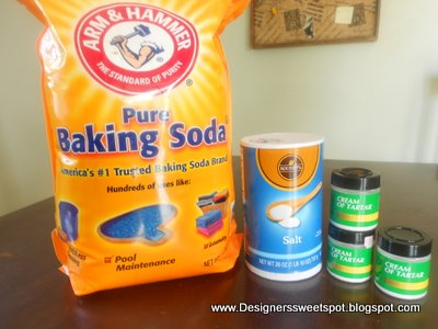 Make your own drain cleaner with baking soda.|Designers Sweet Spot|www.designerssweetspot.com