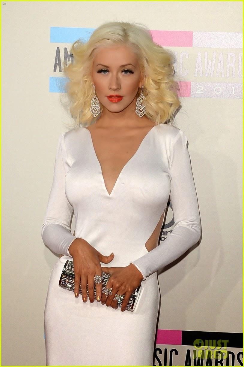 Celeb Diary Christina Aguilera  2013 American Music Awards