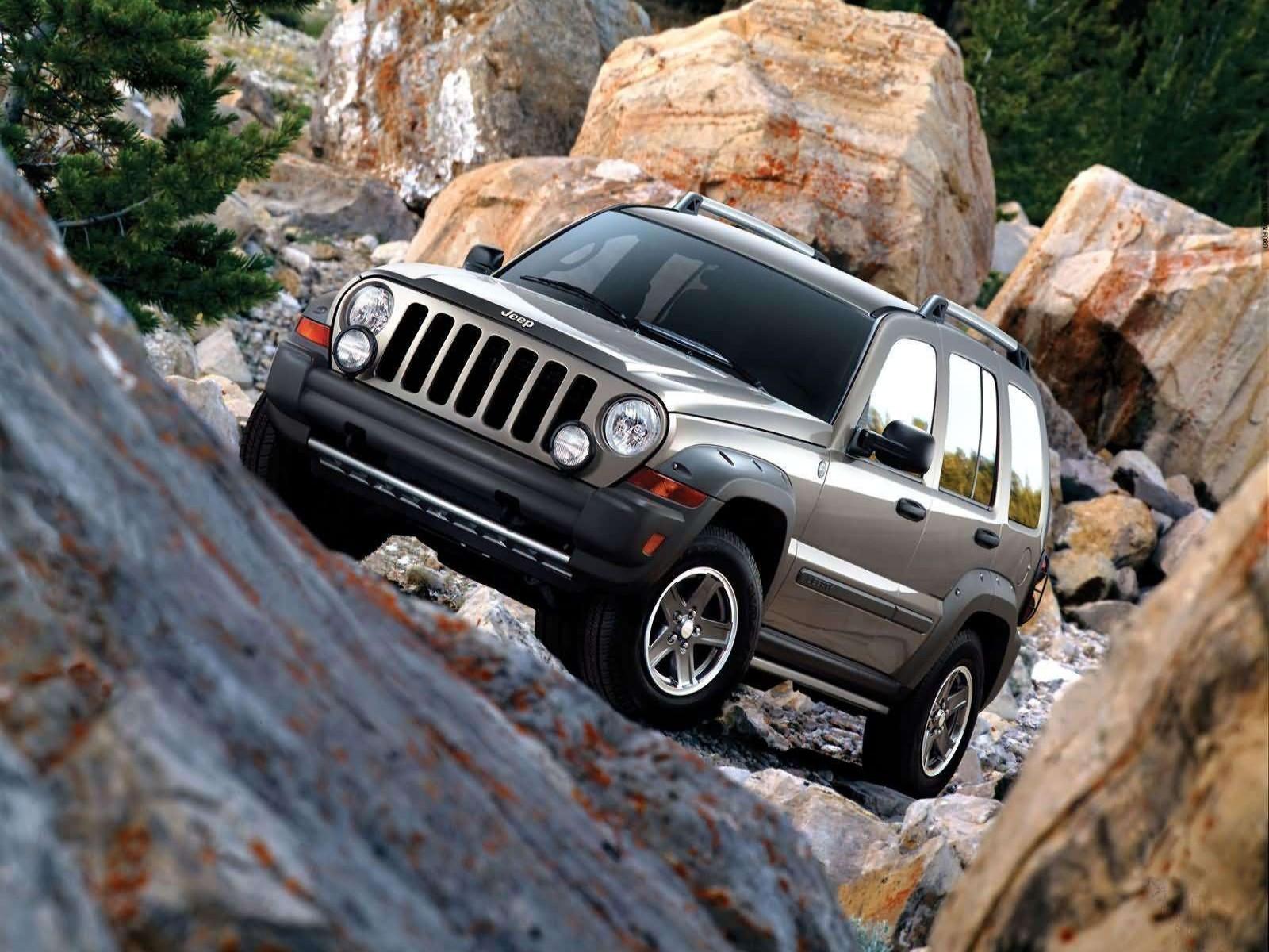 Car Pictures  Jeep Liberty Renegade 3 7 2005