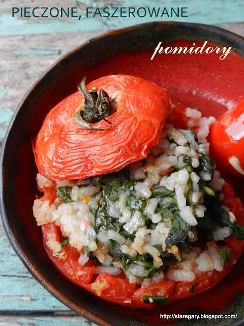 Pieczone, faszerowane pomidory